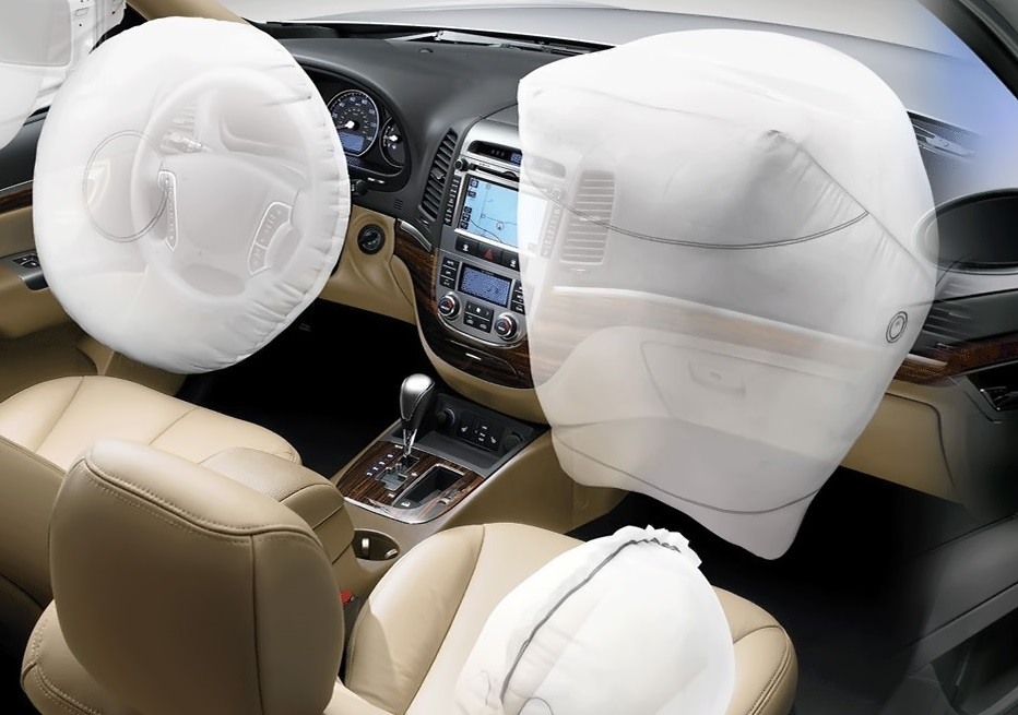 https://itsupplychain.com/wp-content/uploads/2018/11/Lectra-Lectra-boosts-iSi-Automotive's-airbag-manufacturing-capacity-932-x-655.jpg