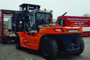 https://itsupplychain.com/wp-content/uploads/2019/01/Mills-CNC-goes-for-heavy-handling-with-Doosan's-gentle-giant.jpg