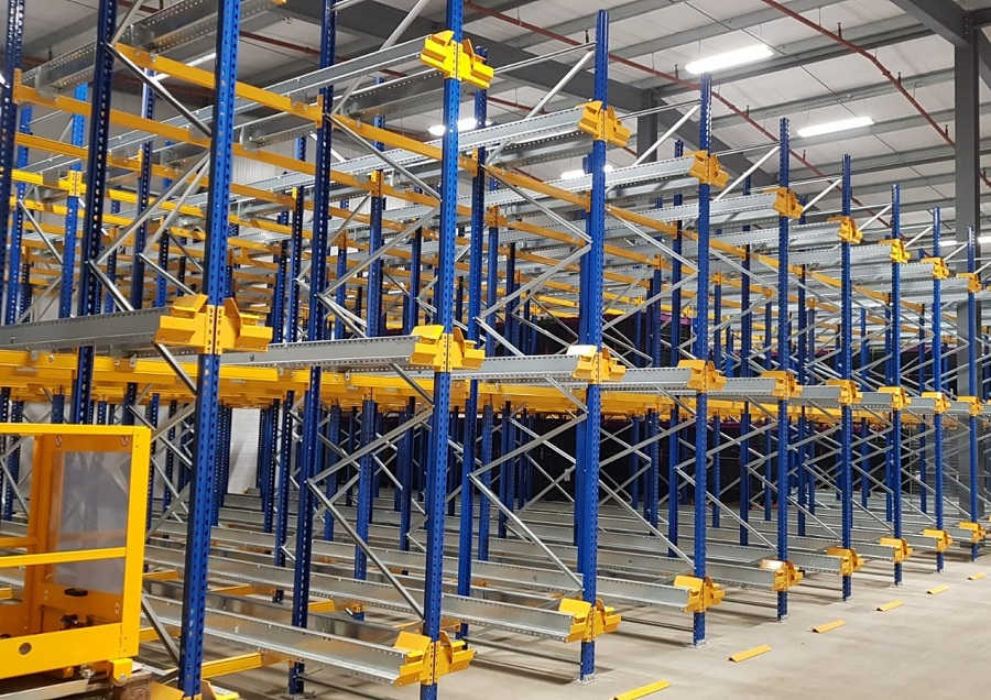 https://itsupplychain.com/wp-content/uploads/2019/08/Britvic-increase-warehouse-pallet-storage-with-Jungheinrich-racking-and-shuttle-solution-900-x-636.jpg