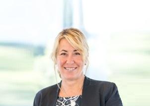 https://itsupplychain.com/wp-content/uploads/2020/01/Maureen-Perroni-Senior-Marketing-Communications-Manager-Loftware-302-x-214-1-900-x-637-1.jpg
