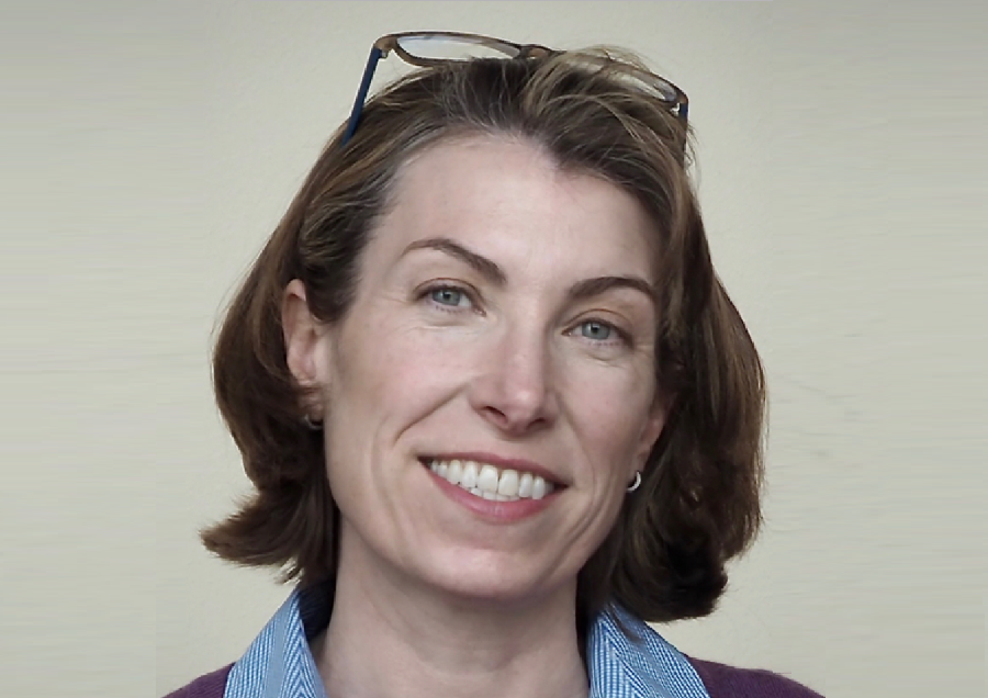 https://itsupplychain.com/wp-content/uploads/2020/05/Amy-E-Hodler-director-of-graph-analytics-and-AI-programs-at-Neo4j-900-x-636.png