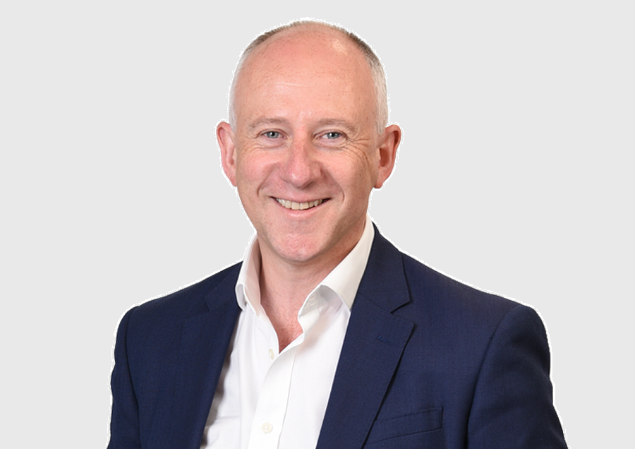 https://itsupplychain.com/wp-content/uploads/2020/05/Richard-Baker-CEO-at-GeoSpock-900-x-636-Grey-Background.png