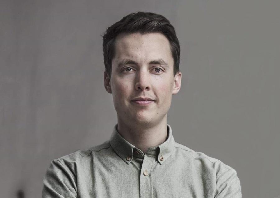 https://itsupplychain.com/wp-content/uploads/2020/07/Brian-Garret-3D-Hubs-founder-900-x-636.jpg