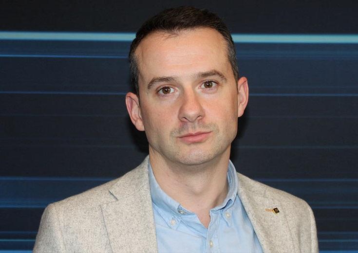 https://itsupplychain.com/wp-content/uploads/2020/09/David-Higgins-EMEA-Technical-Director-at-CyberArk-735-x-520-900-x-636.jpg