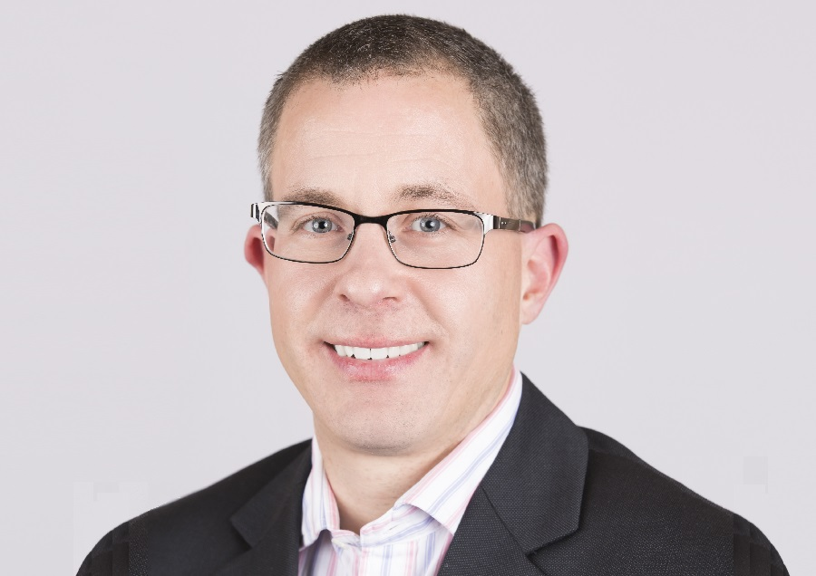 https://itsupplychain.com/wp-content/uploads/2020/11/Oliver-Guy-Senior-Director-of-Industry-Solutions-at-Software-AG-900-x-636.jpg