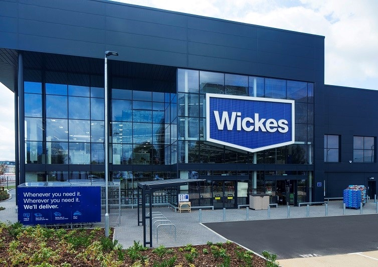 Wickes Paints Consumer-Centric Omnichannel Fulfillment Strategy with Blue Yonder